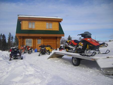small-cabin-winter08